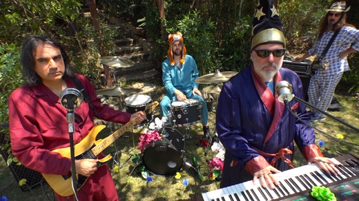 'Abigail's Place' music video with Marco Minnemann, Mike Keneally, Bryan Beller, Phi Yaan-Zek, filmed in Malibu by Carl King.
